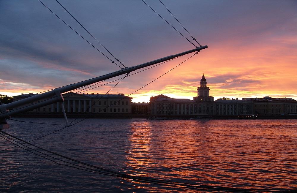 St Petersburg Midnight Sun2