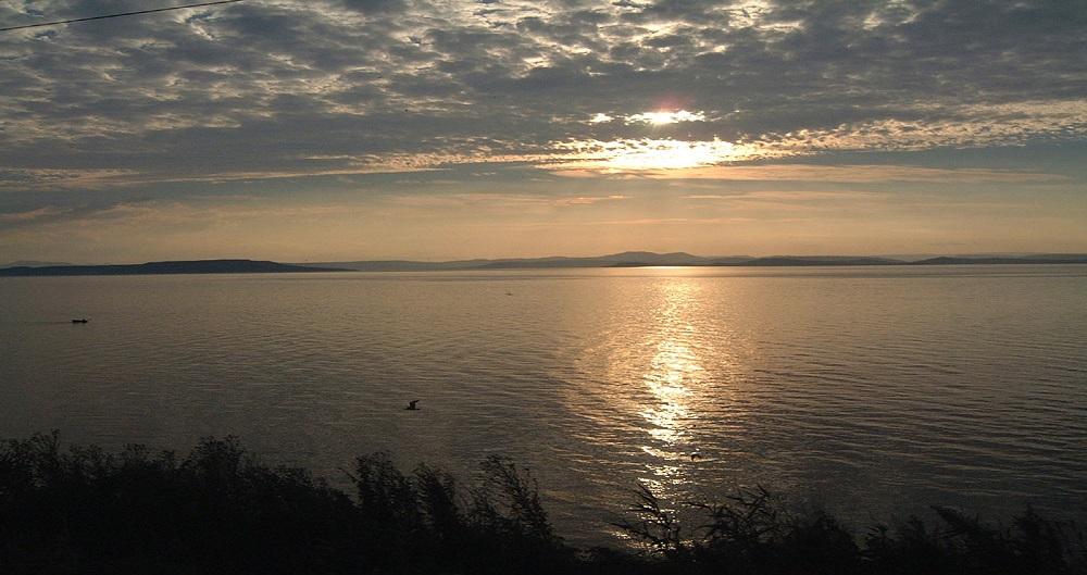 Sunset Vladivostok (Longitude - GMT +10)