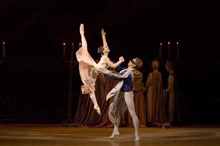mariinsky-ballet-romeo-juliet-diana-vishneva-igor-kolb